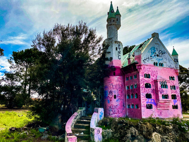 01 - Abandoned Mandurah Castle Fun Park