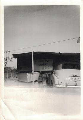 15 - Gun Cars Photos - Old Australian Hi