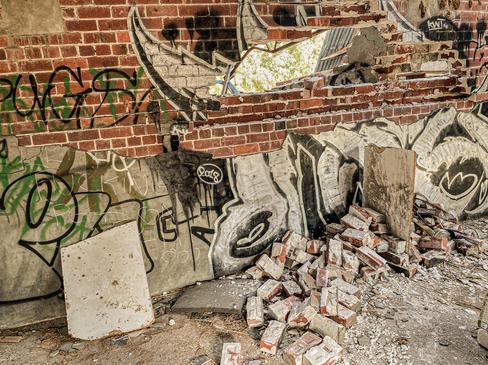 06 - Byford Abandoned Sheds