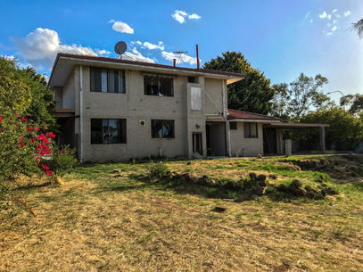 08 - Greenmount Six - Great Eastern Highway (First House)