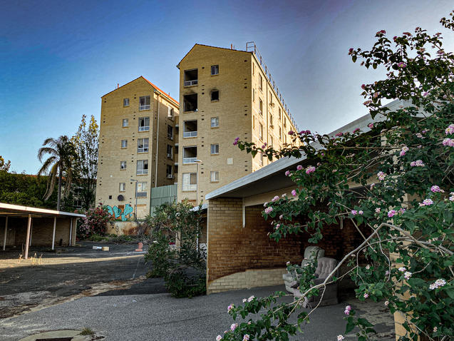 02 - Nedlands REGIS Aged Care Apartments