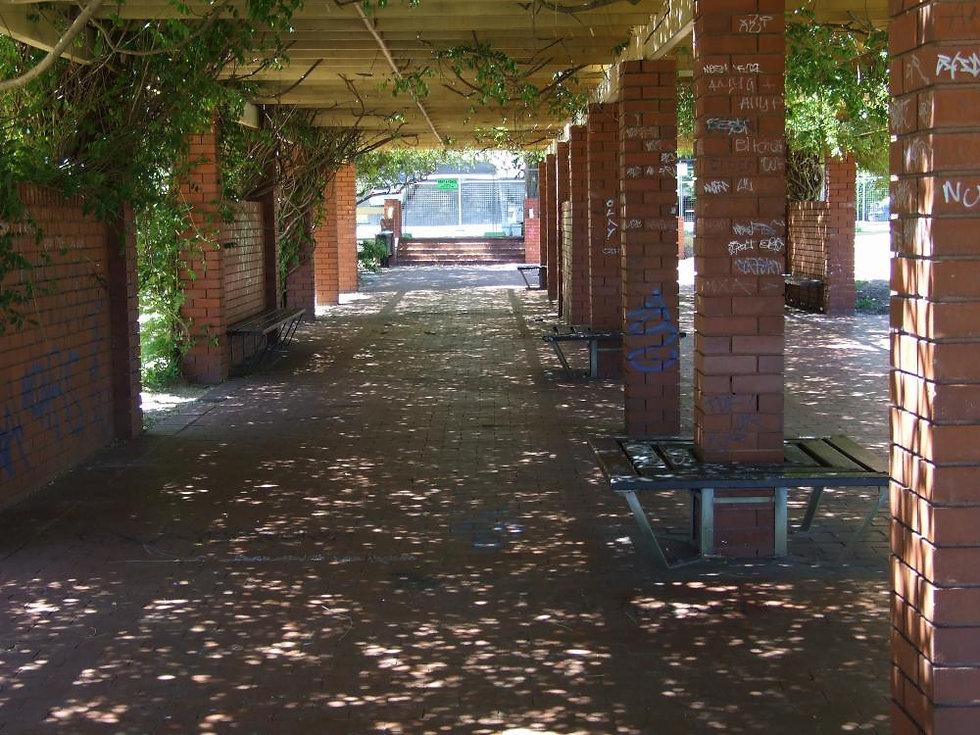 10 - Undercover area near the Conservato
