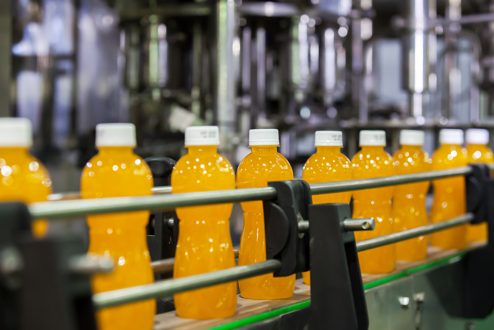 Juice and cordial is produced in the factory from concentrated syrup. It is usually fruit-flavoured, made from fruit juice, water, and sugar or a sugar substitute. Modern squashes may also contain food colouring and additional flavouring