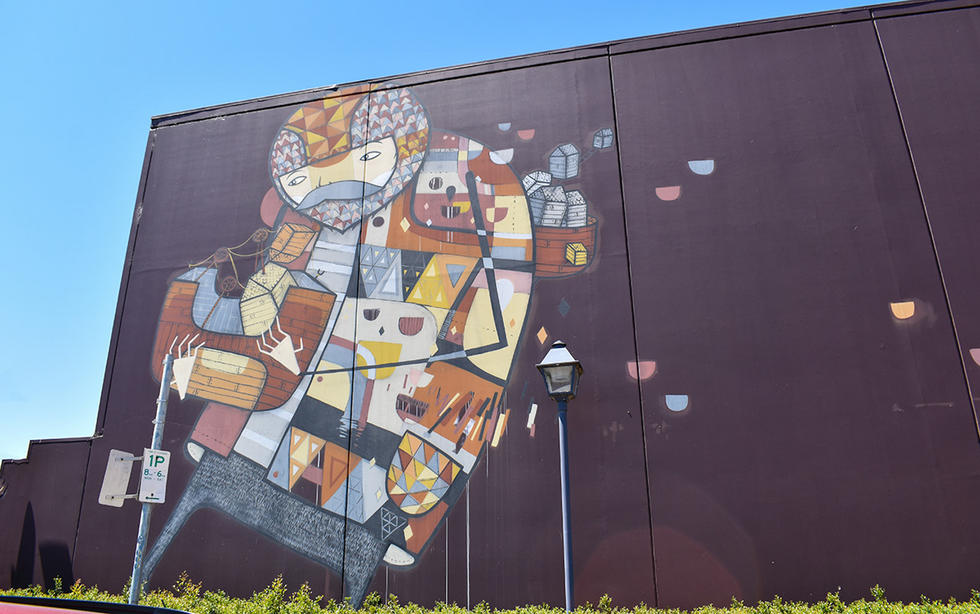 Highs & Lows by Kyle Hughes-Odgers mural in the Gugeri Street carpark (2012)
