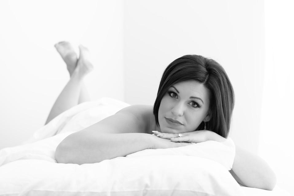 boudoir photographer Taylor, MI