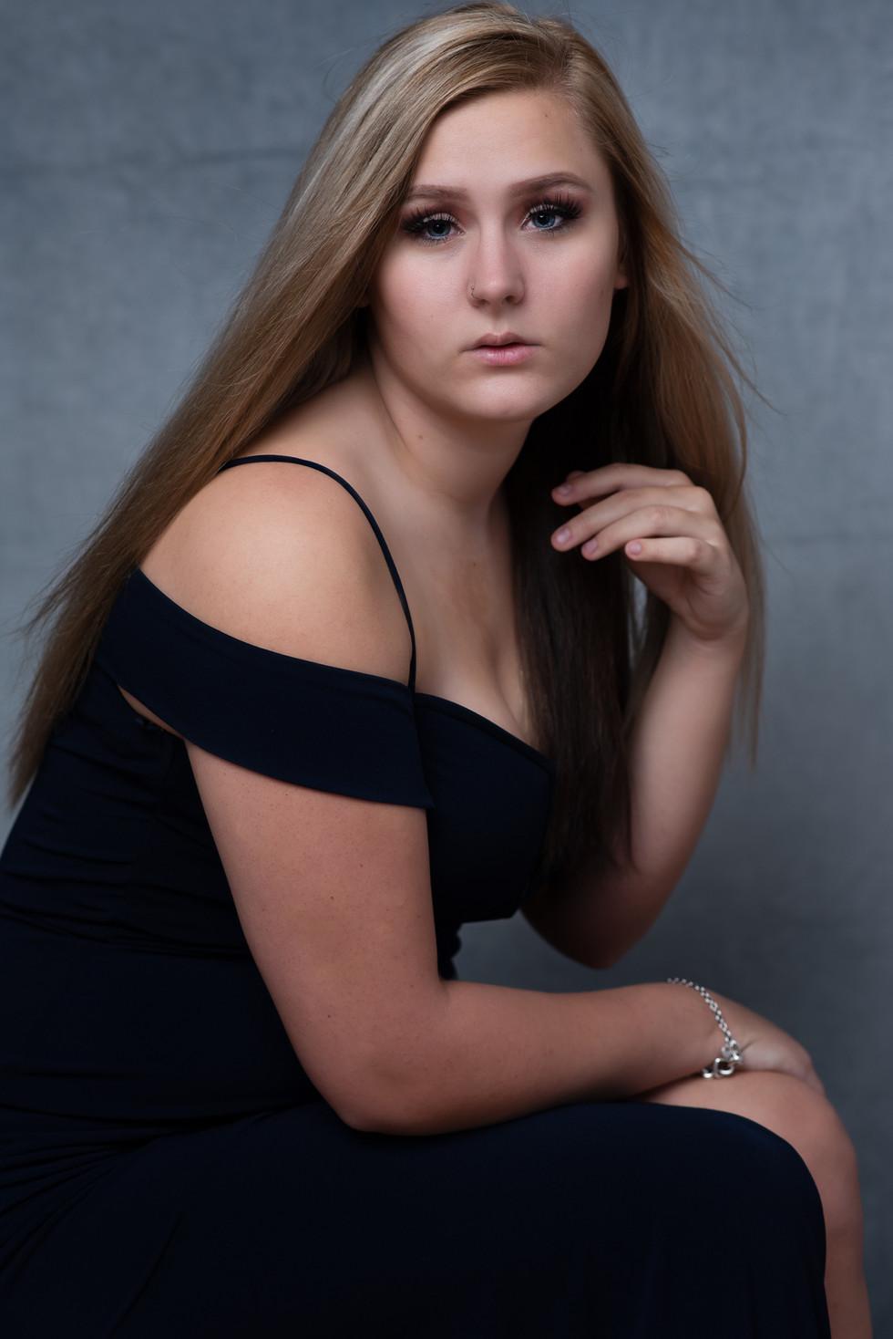portrait photographer taylor, mi