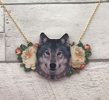 wolf%20necklace%20wooden_edited.jpg