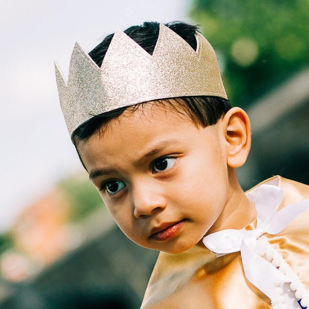 Gold glitter crown