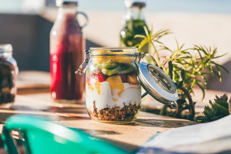vegan breakfast parfait juice