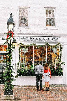 Couple-Holiday-Style-The-Coastal-Confide