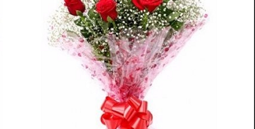 Red Roses Flower Bunch ( Customization Available)