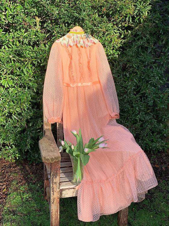 Nellie - 1970s/80s Peach Lace Bridesmaid Dress