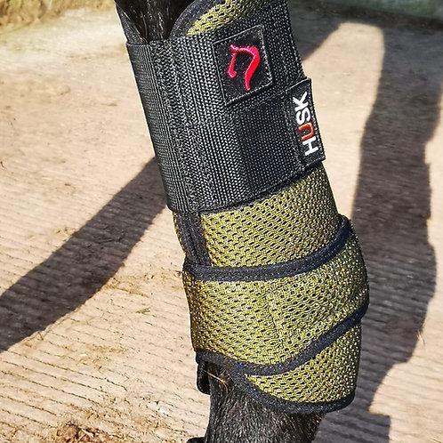 The HUSK La Irenita Sport Boot II (hind legs)
