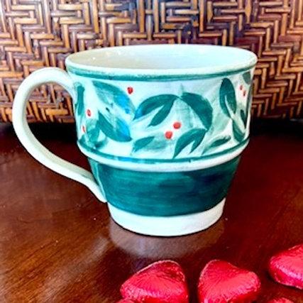 M6 Green mug with berries, cream stoneware