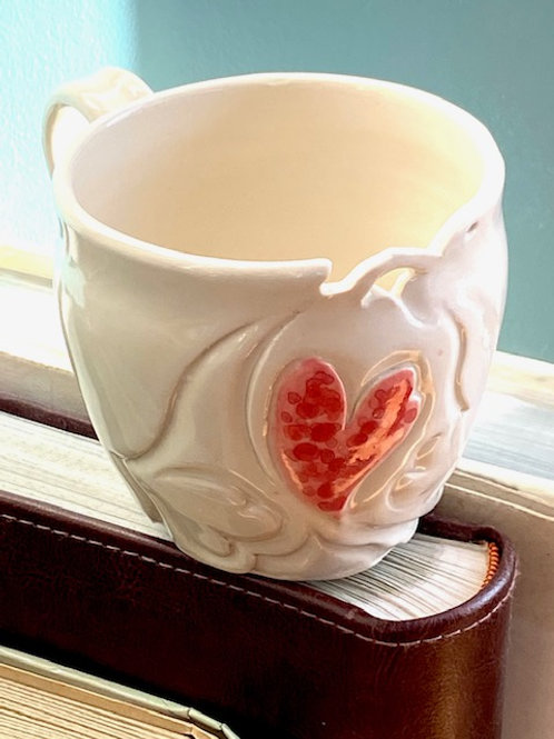 M7 Heart mug, carved stonewear