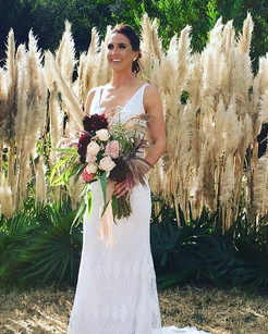 Absolutely honoured to do the flowers for this gorgeous bride!!.jpg