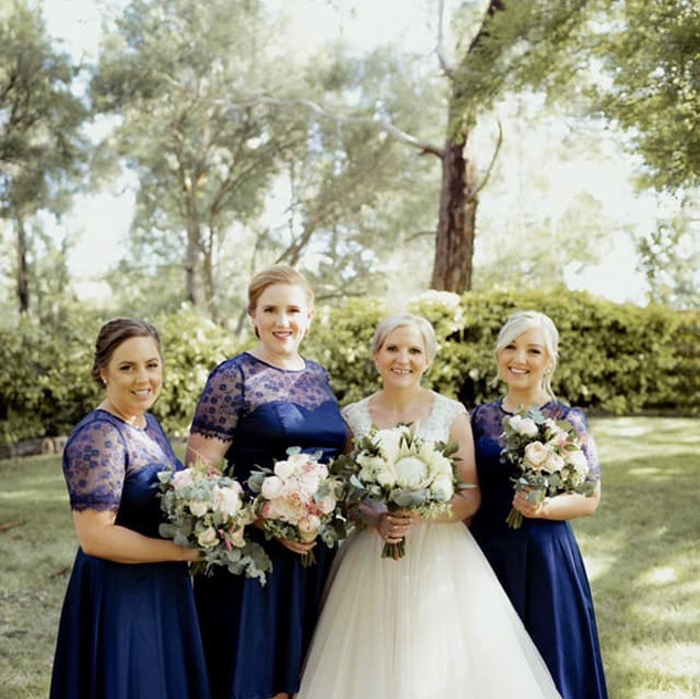 Kellie & Bridesmaids.jpg
