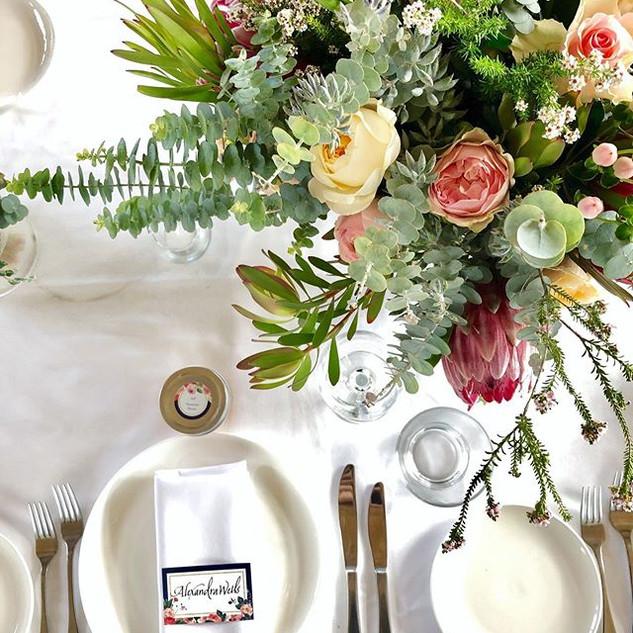 Wedding Tables 💕#terindahestatewedding.