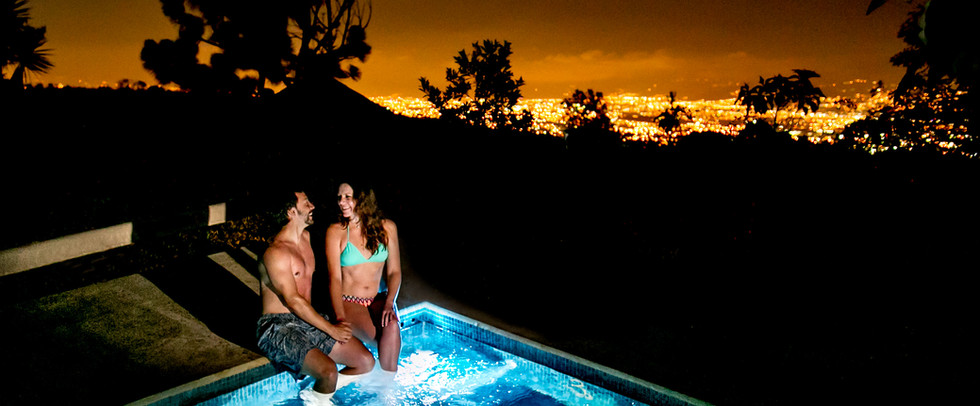 0010_Grounds Hot Tub Night.jpg