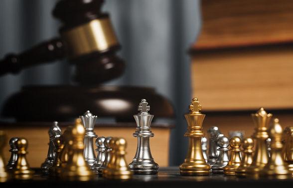 szachy-w-prywatnym-biurze-prawnika_35675