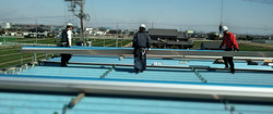 折板屋根葺き