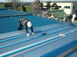 新設折板屋根材取付