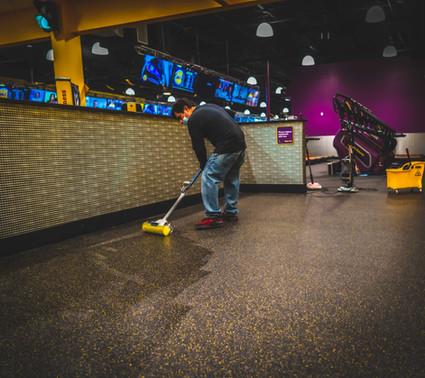 Gym Cleaning & Sanitizing