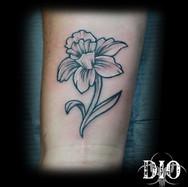 simple daffodil on wrist.jpg