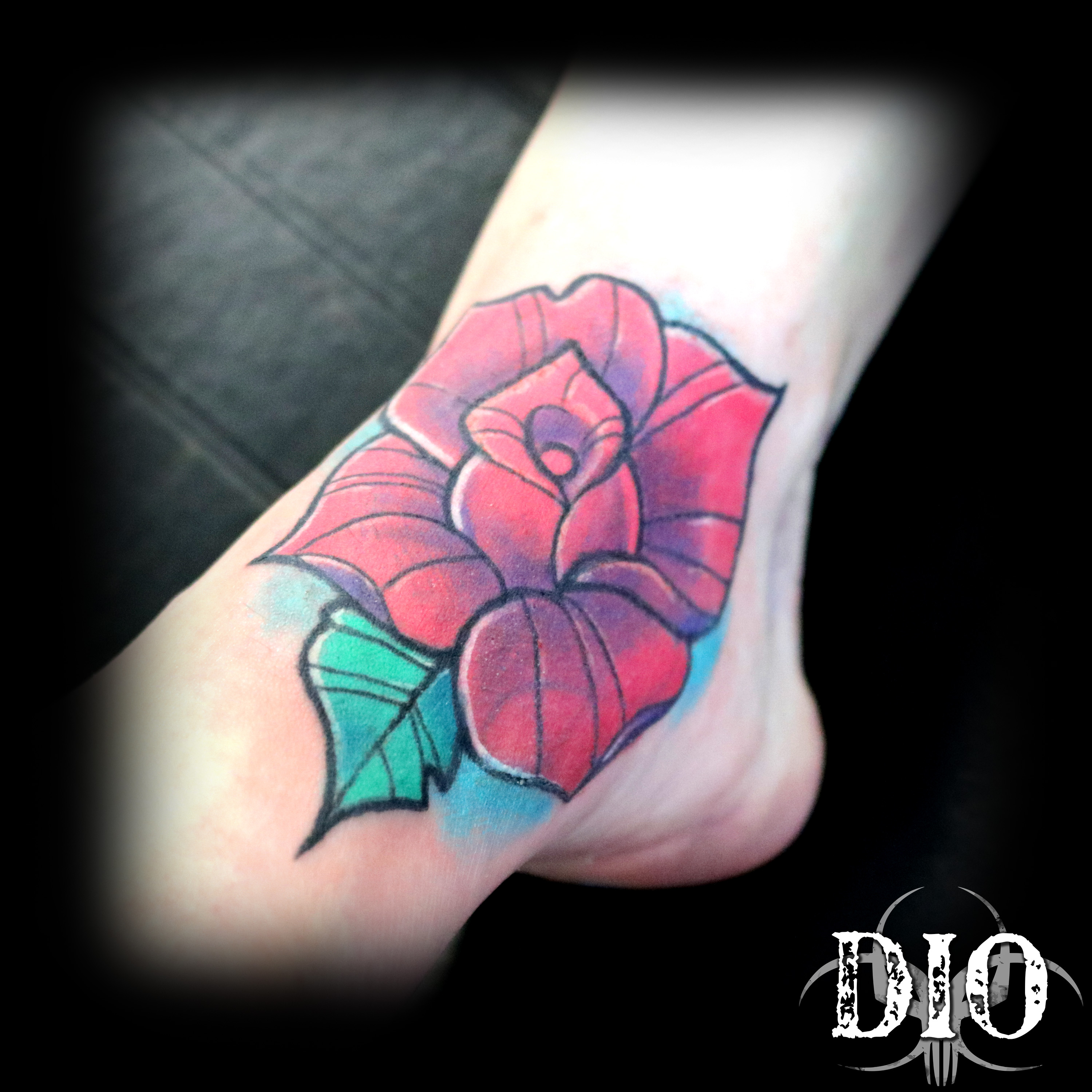 rose on foot coverup