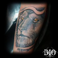 realism-lion-on-forearm.jpg