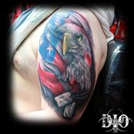 Bald-eagle-american-flag-&-dogtags.jpg