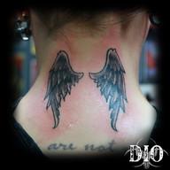 wings-on-neck.jpg