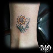 tiny sunflower & name.jpg