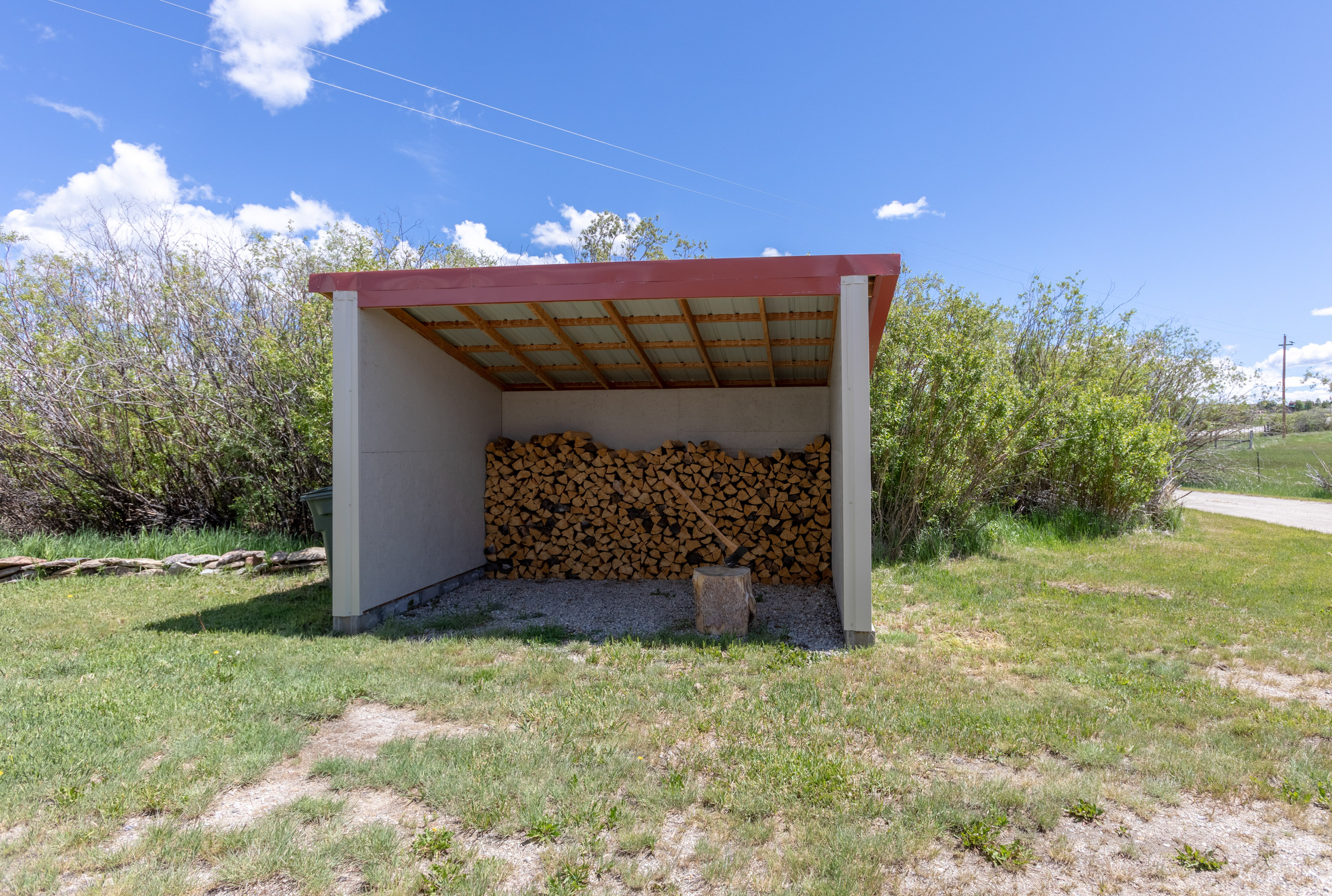 wood shed (1 of 1)