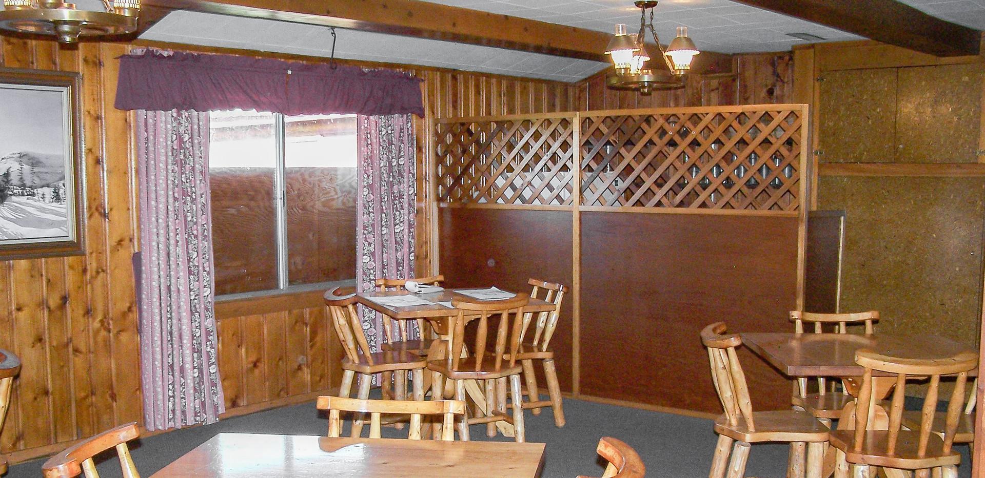 DiningRoom-Restaurant 2.jpg