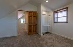 upstairs bedroom 2 (1 of 1)