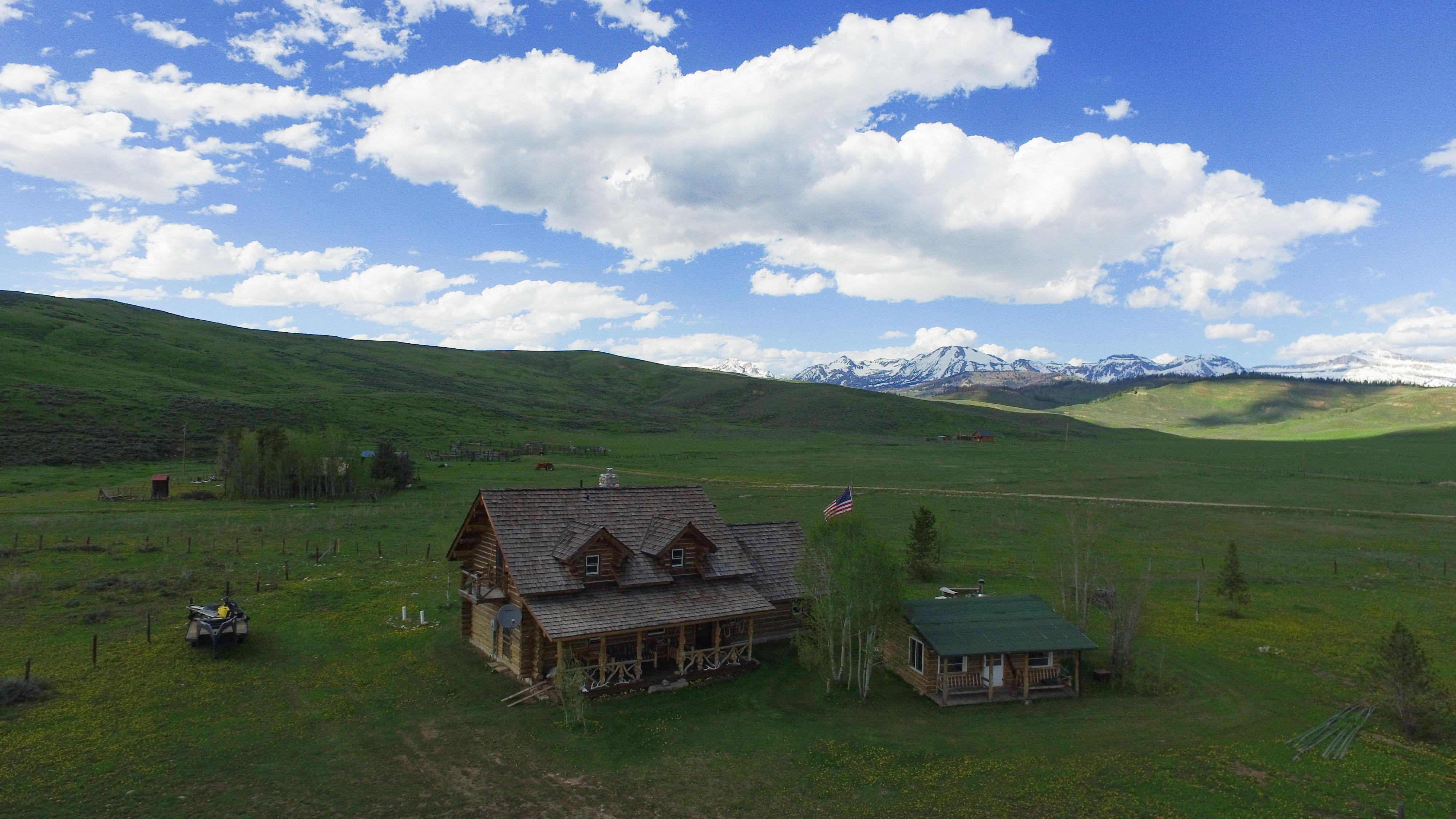 Dell Creek Cabin & Mtns 2