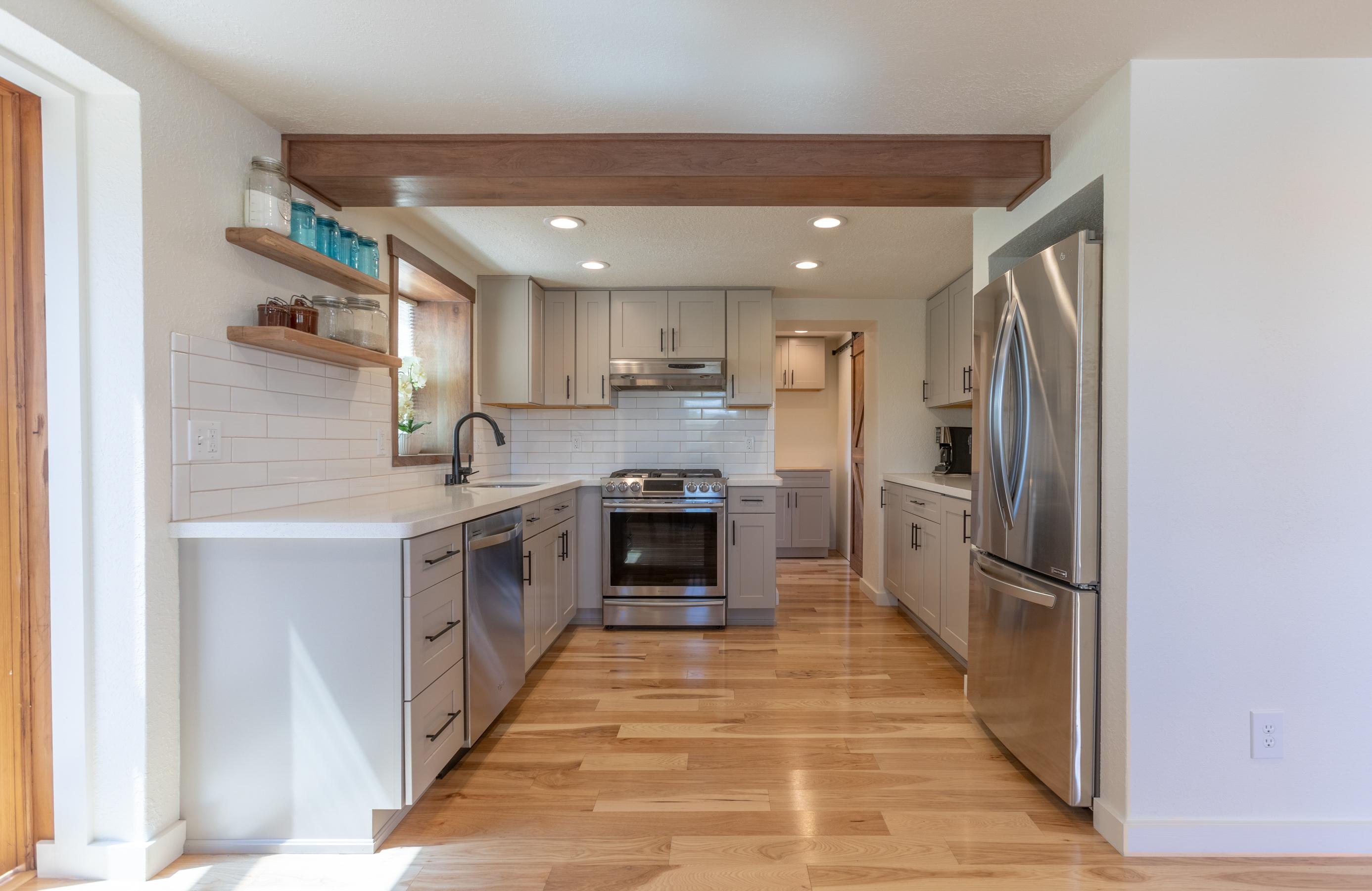 Kitchen (1 of 1)