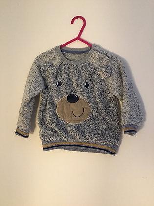 Warm, fluffy sweatshirt (age 9-12 months)