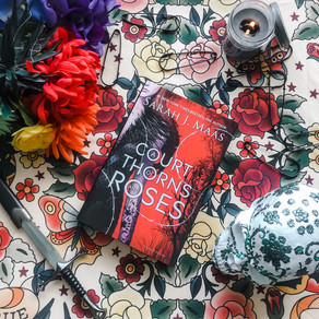 A Court of Thrones and Roses by Sarah J. Maas