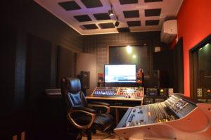 スタジオ写真 Kii Threeモニター