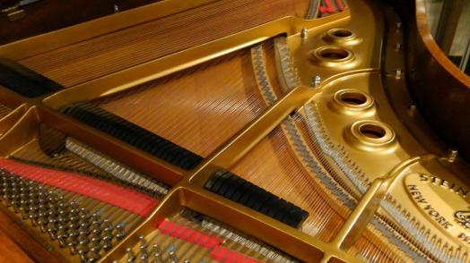スタインウェイ・中古グランドピアノ