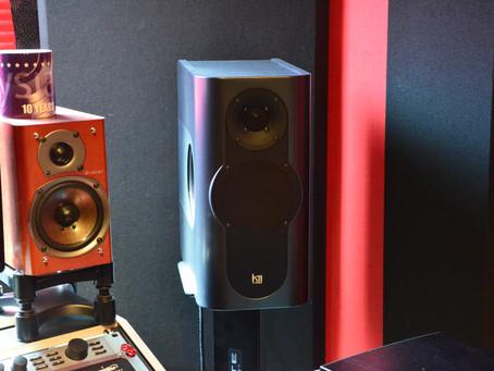 機材のレビューに Kii Audio – Kii Three – を追加。