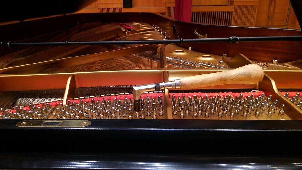 ピアノマイク Earthworks PM40