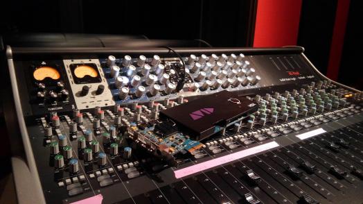 真空管コンプレッサー、IGS Audio Tubecore