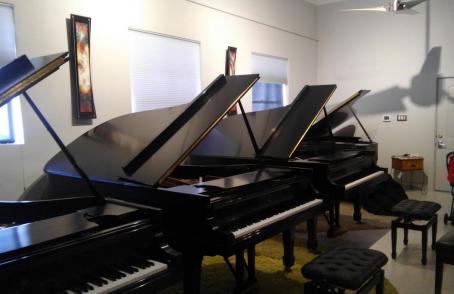 コラム『欧米で行なわれるピアノの選定から考える』