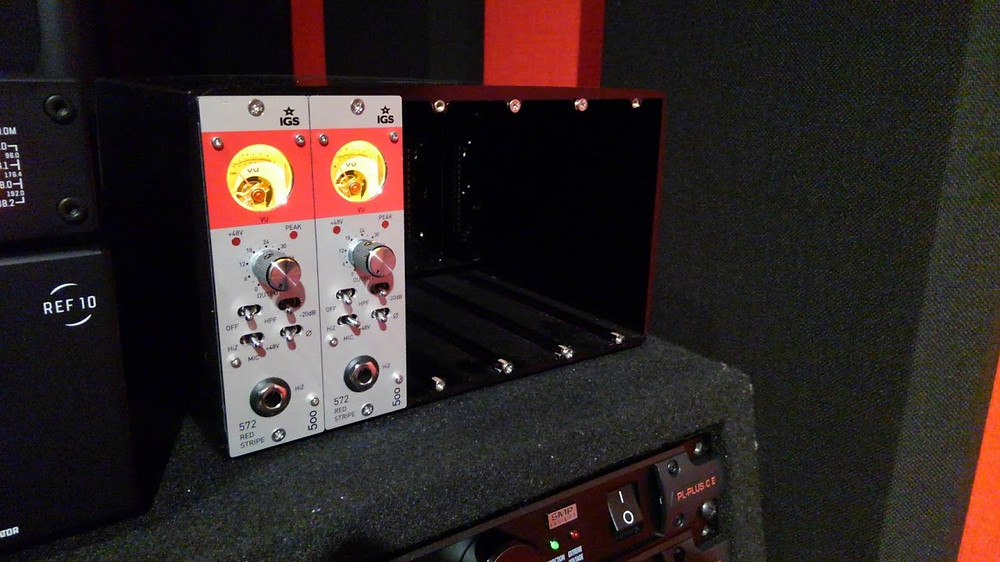 IGS Audio 572 Red Strip