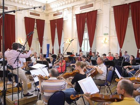 オーケストラレコーディングの構成を、再度考え直しています。