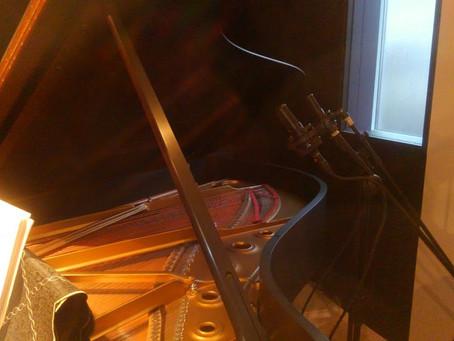今日はギリシャからピアノのレコーディング依頼