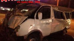 Газель врезалась в столб, водитель погиб